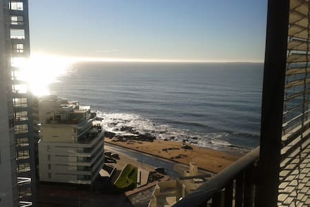 Ocean view and walk to beach! - Punta del Este