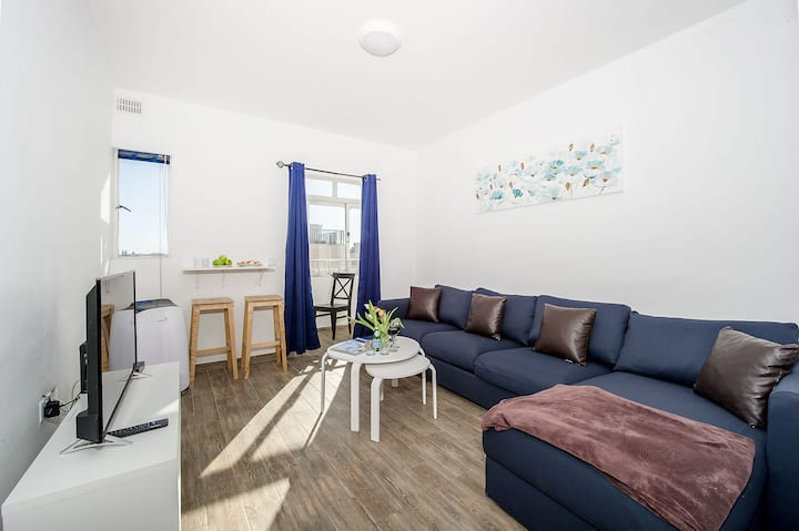 Sliema Central Apt.N 6 - Sleeps 10