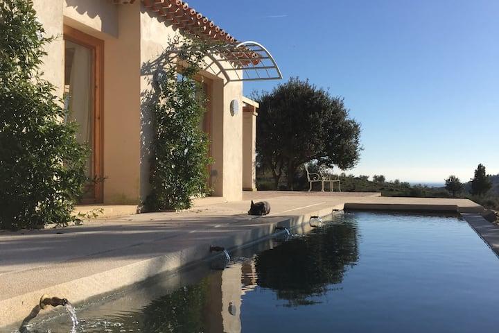 Amplia y confortable casa con magníficas vistas
