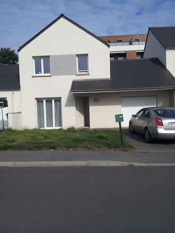 j'habite entre saint-malo et rennes - Gévezé - House