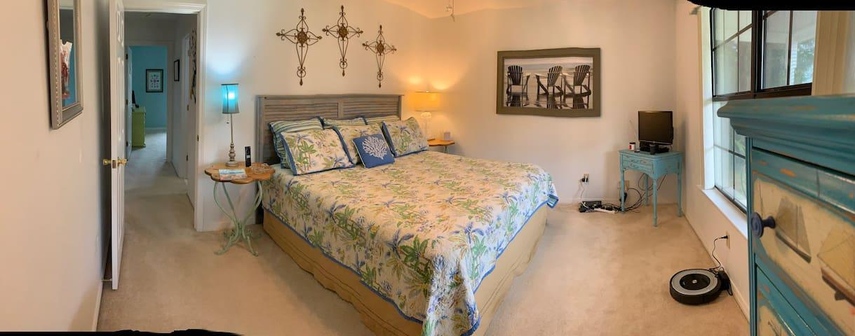Comfy Paradise Beach Room