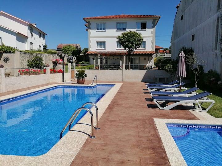 Casa Rial II Apartamento con piscina en Sanxenxo