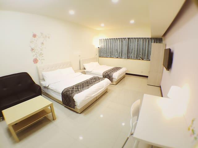 Puli Shine Nest - Suite Quad Room - Puli Township