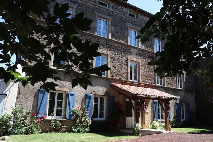 """Chambres et table d'hôtes """"Régord'âne"""""""