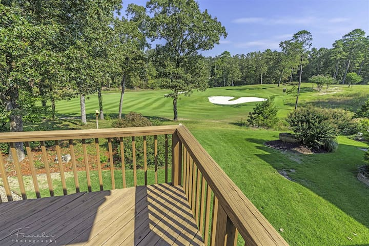 18855 - 29 Realeza Court - Lovely home on 14th Green at Diamante Golf Course. Furnished enclosed porch overlooks green. Hot Springs Village Golf Resort