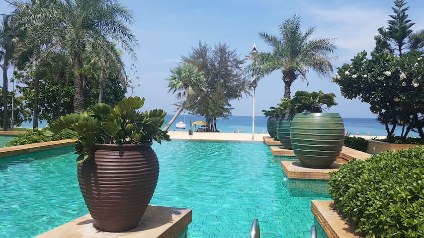 Karon Sea View Beach Apartment