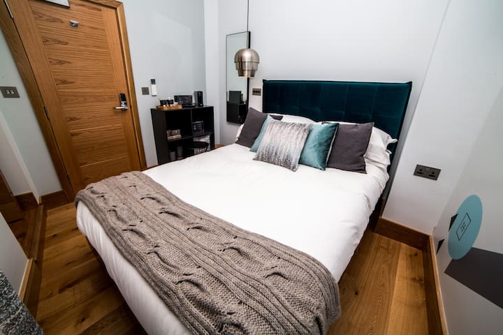 Luxurious bed by BoConcept Canterbury, linens provided