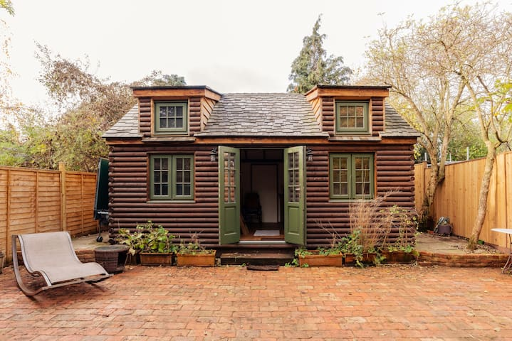 Tiny House Hideaway in the Heart of East Dulwich