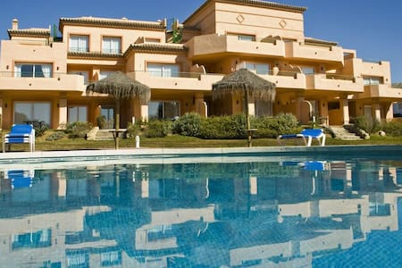 Appartamento top (6 Adulti) con piscina Marbella
