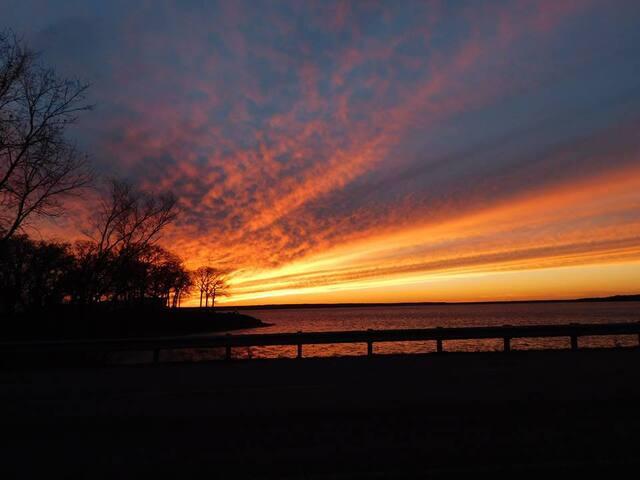 Lake Tawakoni sunset