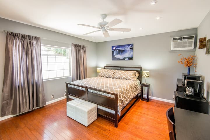 Master Suite Oasis Luxurious & Private