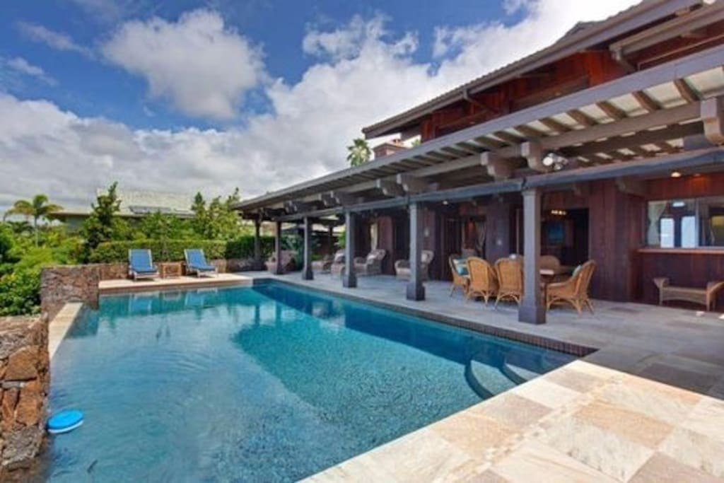 Infinity Pool with Covered Lanai
