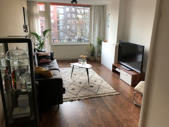 Beautiful spacious Rotterdam city center apartment