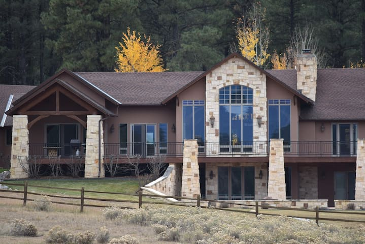 Copper Canyon Retreat - Pagosa Springs
