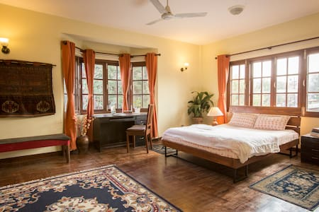 Large, sunny suite in a vibrant house near Patan - Kathmandu