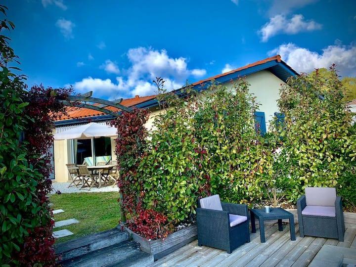 Villa PINPIRINA- 4 Chambres - Piscine chauffée