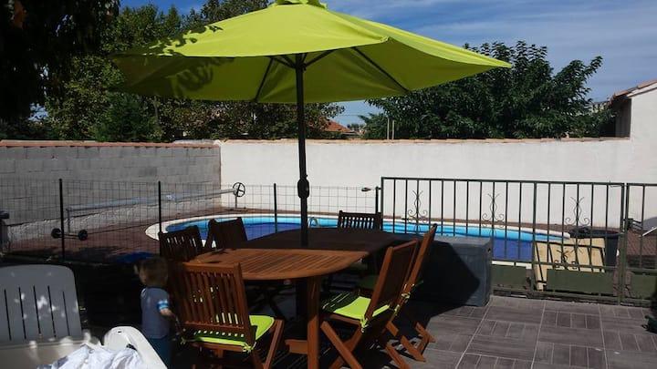 Villa de 80m2 avec piscine et jacuzzi