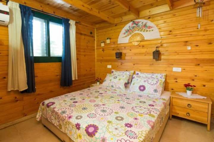Leyad Hashmura Lodging - Two-Bedroom Chalet Agoor