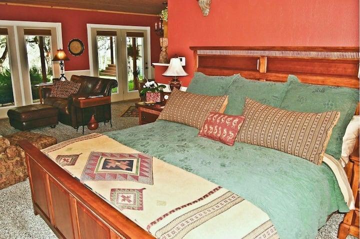 Texan suite at the Brazos B&B, near Brenham