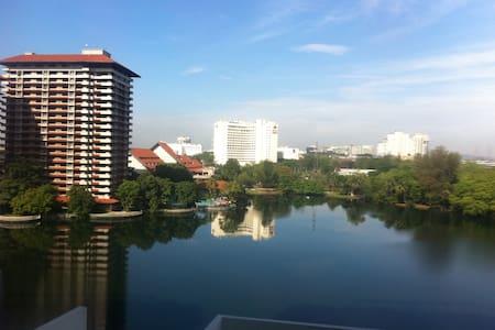 Subang Jaya Homestay 3 Rooms Condo - スバン·ジャヤ