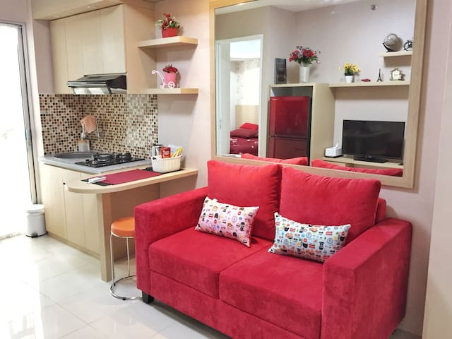 2 Bedrooms!Next to mall and a few mins to Kuningan