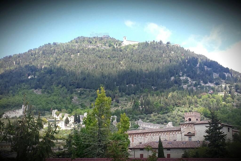 il panorama: monte di S.Ubaldo