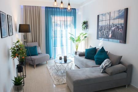 Stylish Home Away From Home in Thessaloniki