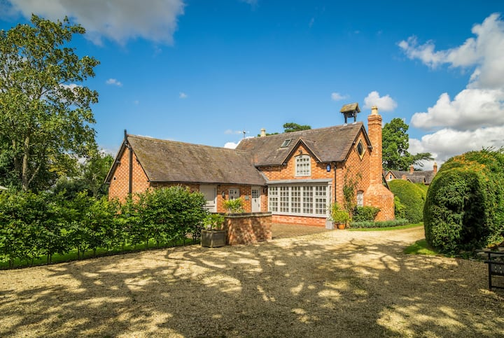 Luxury Country Cottage Cotswolds  Worcestershire