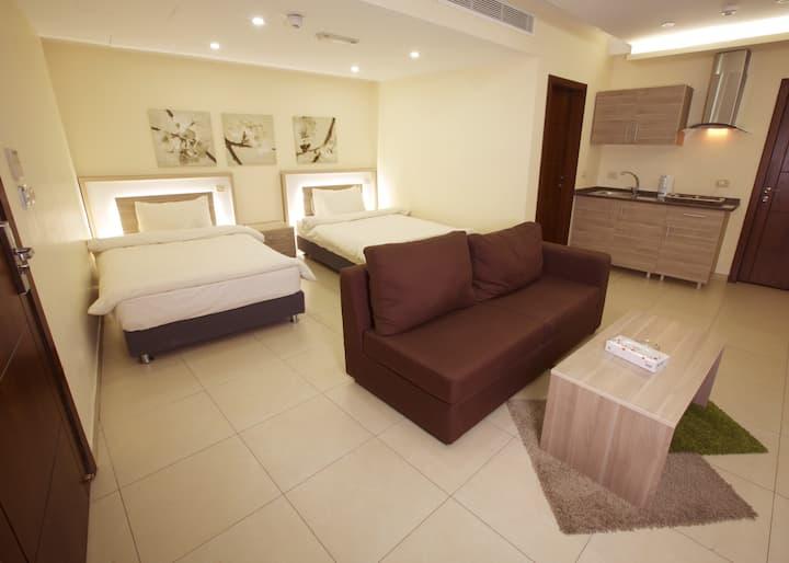 Lujain Hotel Suites/Luxury Apartment