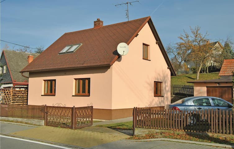 Holiday cottage with 2 bedrooms on 103m² in Zator