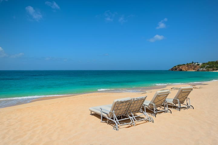 Villa Carisa- Beach Front Luxury Retreat St Martin - Les Terres Basses