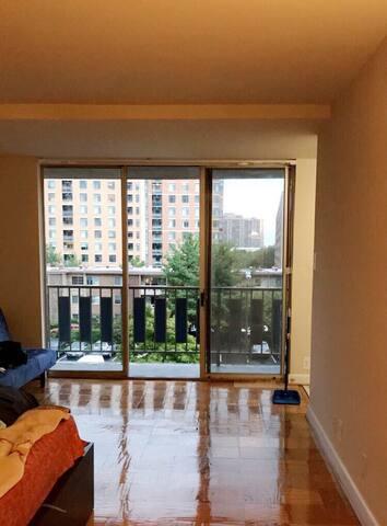 Charming Apartment with a Balcony - Alexandria - Leilighet