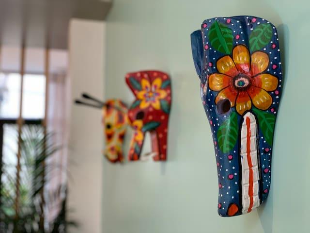 Máscaras representativa de las danzas folclóricas de Guatemala