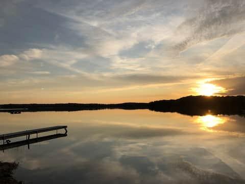 The Franny Hive 🐝 : Waterfront - Francis Lake