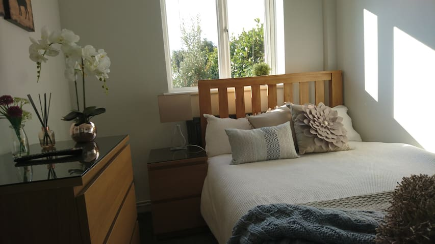 Comfortable double room with parking