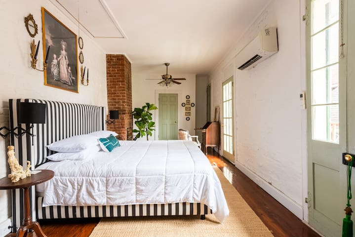 The Marigny Cottage - Few Blocks from FQ