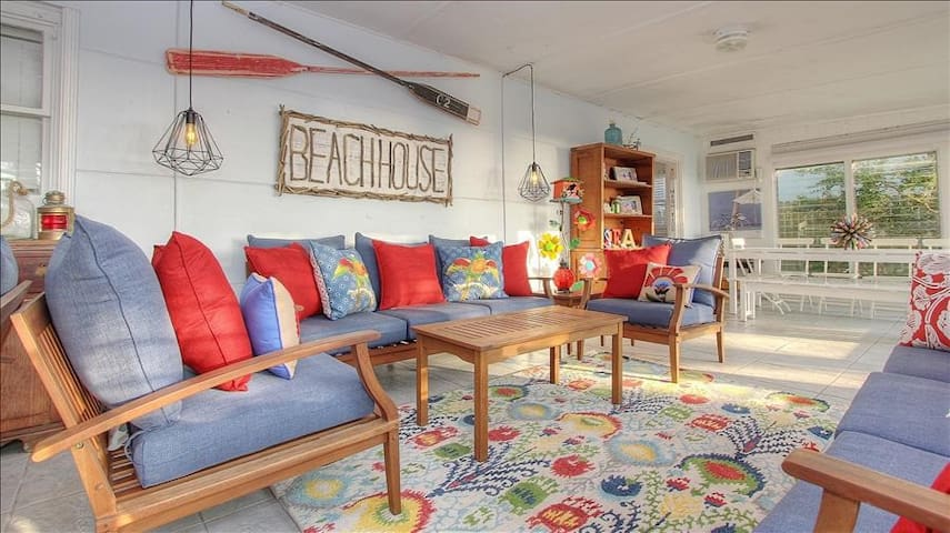 BeachBum: Make Memories at this Nostalgic Oasis on the Sands of Indian Shores Beach