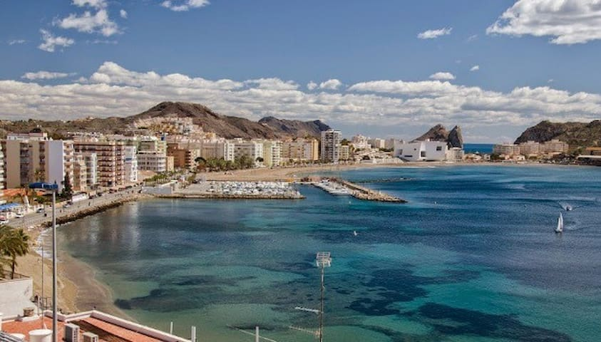 Casa con vistas y junto al mar en Águilas (WiFi)