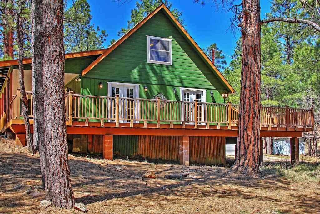 3br happy jack cabin w hot tub fire pit cabins for for Az cabin rentals with hot tub