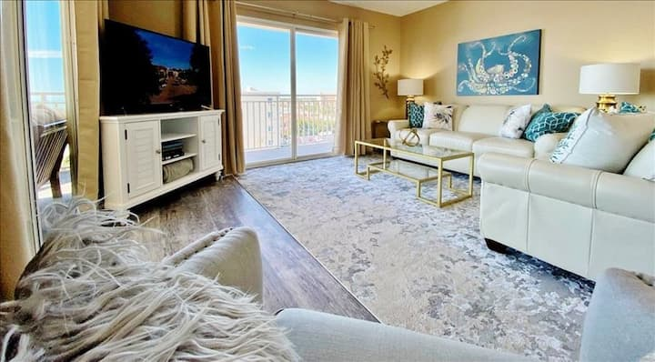 ANGC506: Delightful Upscale Look and Furnishings with Glorious Beachfront Views