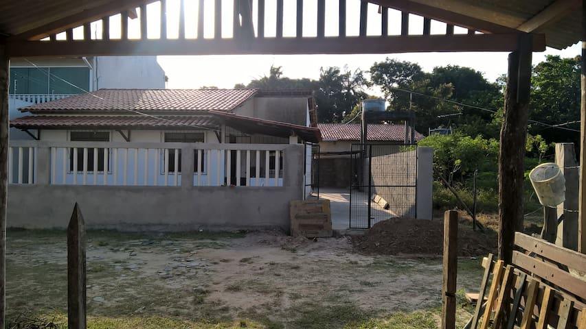 Casa em Saubara, aconchegante e fresca em chácara. - Saubara - Ev