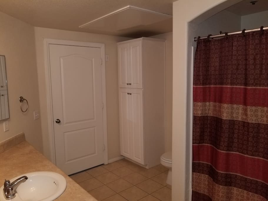 Large bathroom - bathtub included