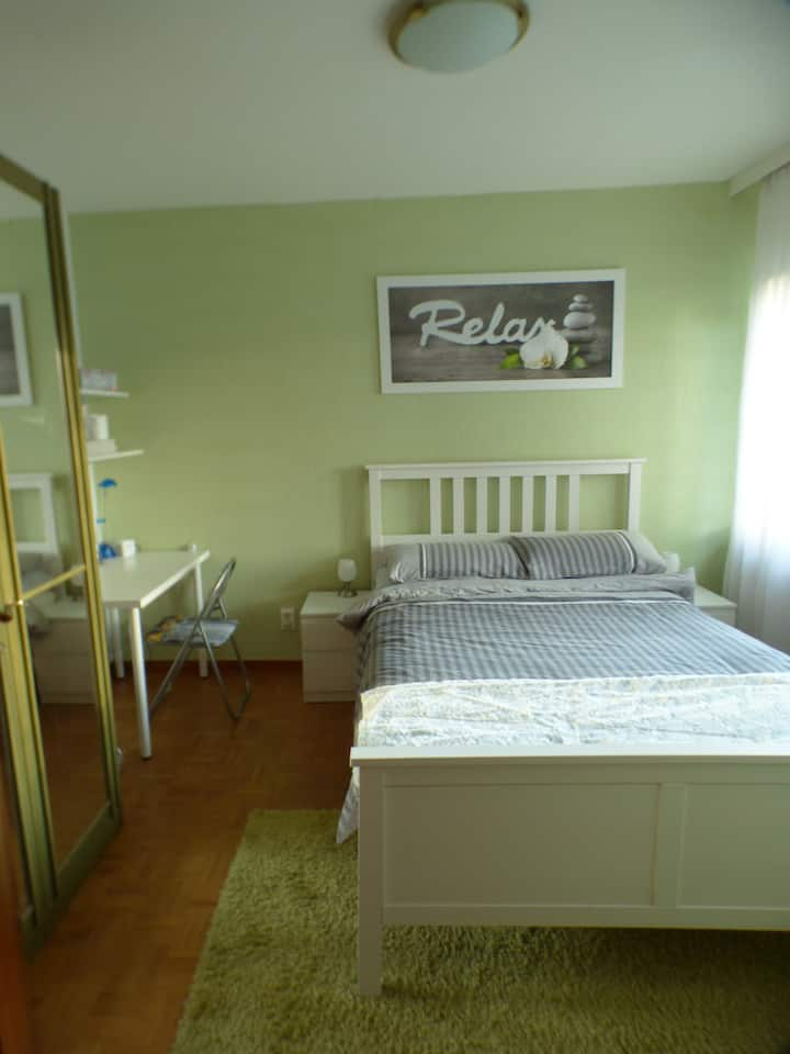 Walllenhorst- Osnabrück  (1 of 2  rooms available)