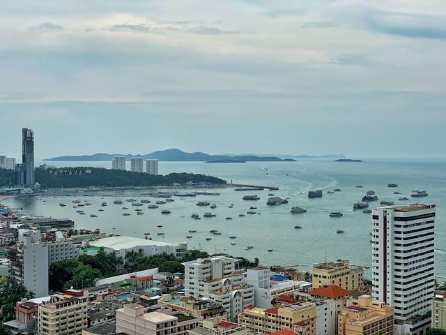芭提雅网红公寓现代简约Pattaya central apartment beach view海景房