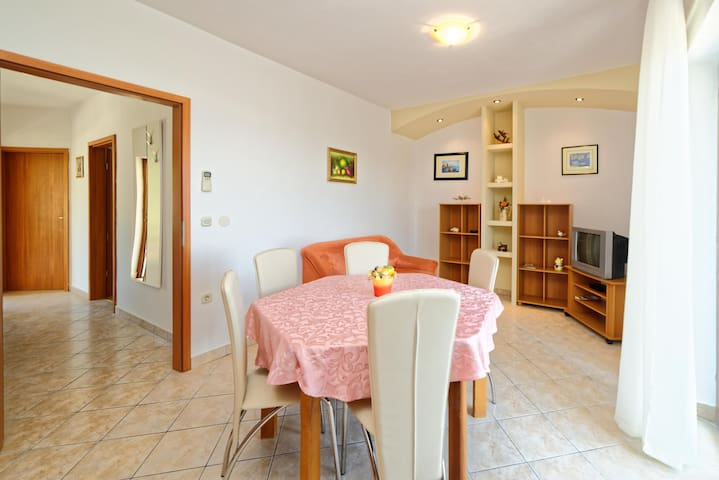 Apartments Klaudio / A4 Two bedrooms - Labin - Lägenhet