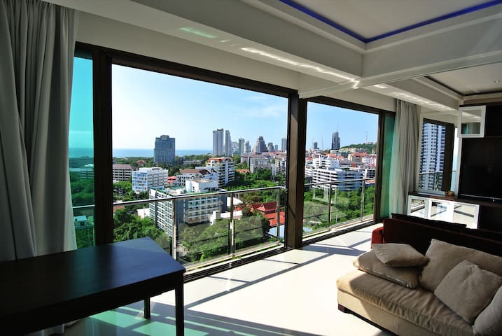 SeaView - 2 rooms - 60 m2 Apartment Suite Pattaya