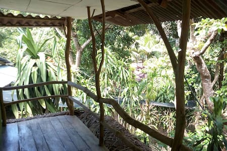 Cottage with two bedrooms and shared bathroom. - Paquera