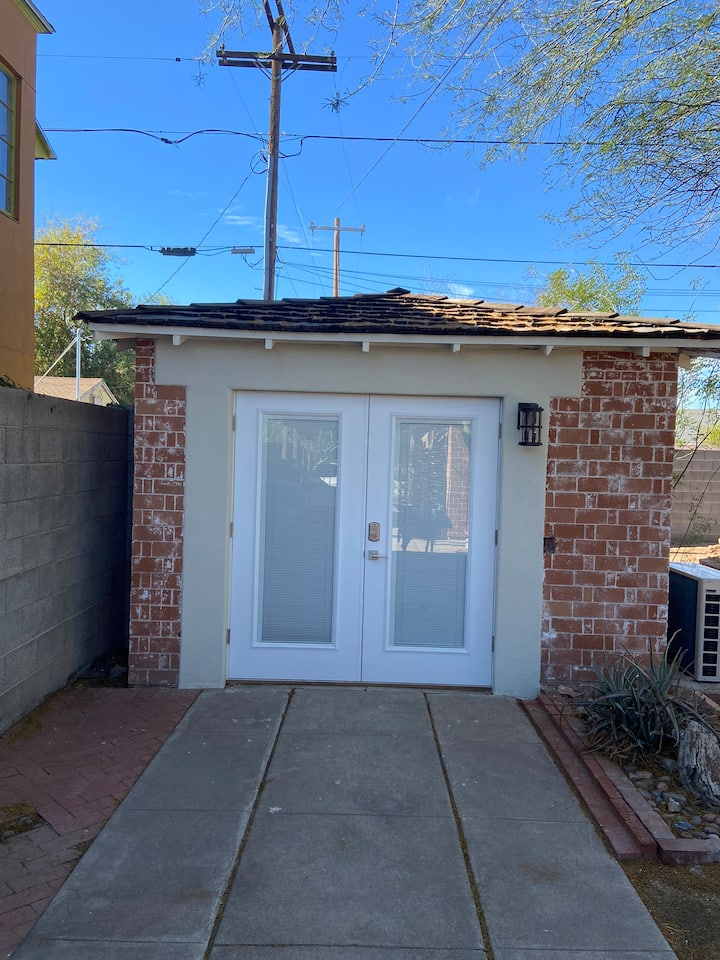 Cutest Casita in Historic DTPHX