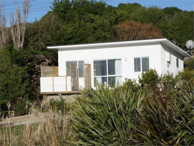Moeraki Escape - Luxurious Studio Unit