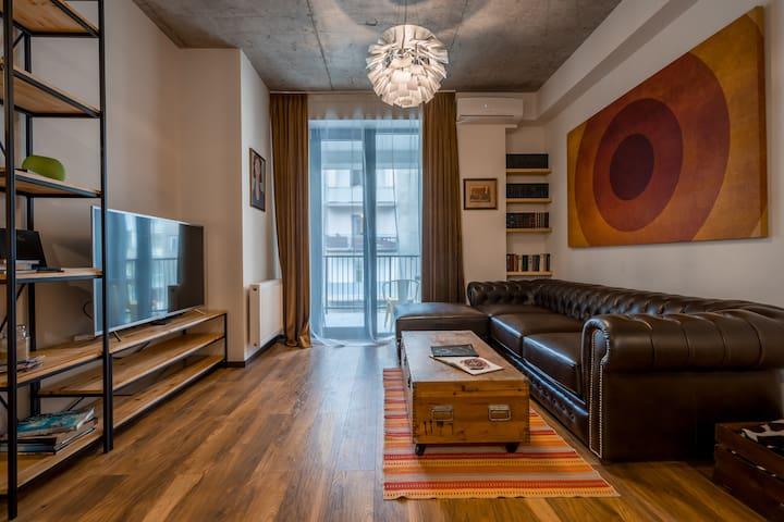 Designer Loft in The City Center - Vake